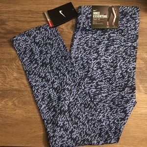 Nike Essential Dri Fit Crop Leggings